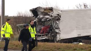 Siniestro fatal en la ruta 102 de Montevideo: dos fallecidos