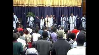 Jojo Mwangaza  Live concert 2005 ( 2 )