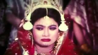Koto Sukhe Ache Ami | Salman Shah & Shabnur | ®®