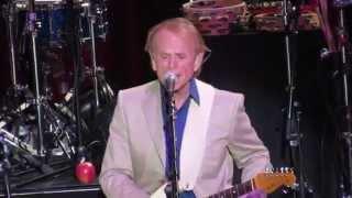 Brian Wilson feat. Al Jardine Wake The World / Busy Doin' Nothin' Live