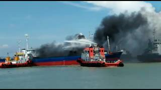 KM Asia Prima 1 Terbakar