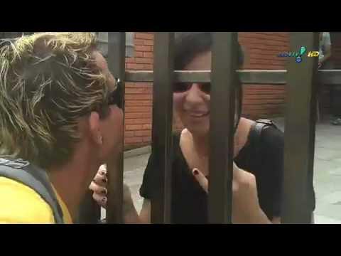 Pânico na TV 20 12 2009 O Fã ataca os astros da música.mov