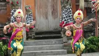 Traditional dance of indonesia