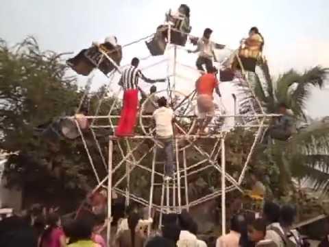 Extreme Ferris Wheel Riding! DisneyLand in Pakistan