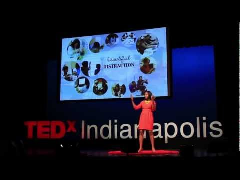 Beautiful distractions in 21st century learning: Dionne Custer Edwards at TEDxIndianapolis