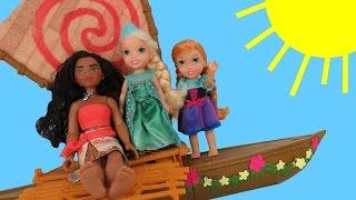 MOANA meets queen ELSA !  Anna & Elsa toddlers SAIL on Moana's boat - Ocean - Waves
