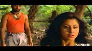 Antham Movie Action Scenes - Nagarjuna saving Urmila from thugs - Ram Gopal Varma