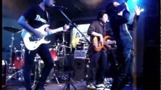 ชุดดำ Cover เคลิ้ม @ Siam Paragon ( by JuNg DrUm )