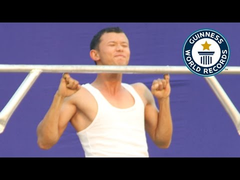 SPOTLIGHT Most consecutive pinky pull ups