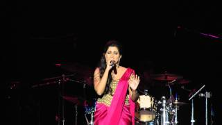 Reshamachya Reghani and Percussion Solo - Shreya Ghoshal LIVE in San Jose 2015