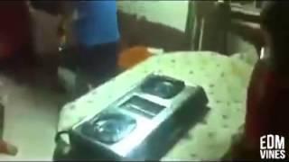 DJ Idiot :v