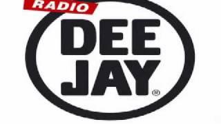 Radio Deejay - skit Kento 15