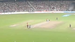 Yuvraj Singh Batting - Kuldeep Yadav Bowling - Eden Garden Kolkata - KKR Vs SRH IPL 2016
