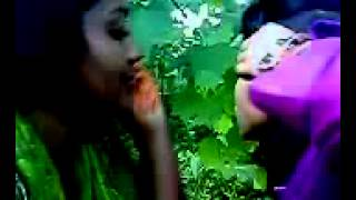Bangladeshi lesbian girls kissing each other