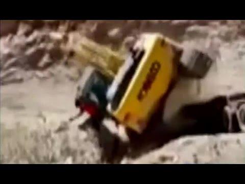 Operador de una retroexcavadora sufrió un impresionante accidente en Arica CHV Noticias