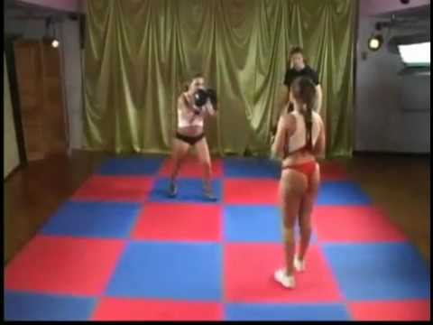 Splendid Boxing Fight Between Two Ladies