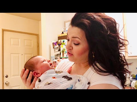 Breastfeeding Mama Tries To Make Soup