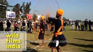 Gatka : performers spin the chakkar or wheel