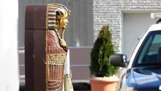Illuminati Sacrifice of Whitney Houston!  Illuminati Ritual... Egyptian Sarcophagus at Funeral
