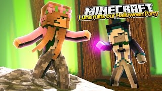 Minecraft Royal Family: LUNA TURNS LITTLE KELLY INTO A STATUE?! w/Little Carly