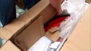 Brand New Trueshopping 43cc 5 in1 Strimmer/brush cutter/hedge cutter/chainsaw - Unboxing (Part 1of3)