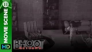 Ghost Caught on CCTV Camera Footage!