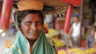 The Ganja Smoking Sadhus Of The Ganges  - Travel Varanasi