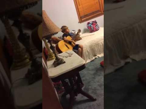 Caught singing (iNCREDIBLE SINGING)