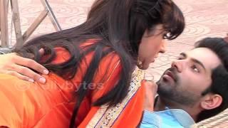 Aditi and Dhruv's BUDDING ROMANCE in Thapki Pyaar ki..