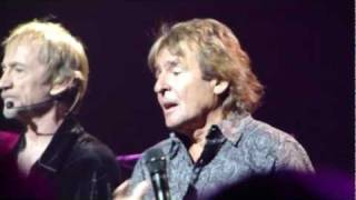 Davy Jones - Monkees - Daydream Believer - Beacon 2011.MP4