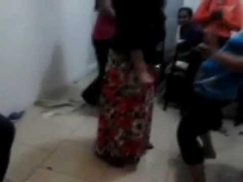 Lankawe Wesiyo Kuwait Eke Kasippu Gahala Natana Heti Part-04