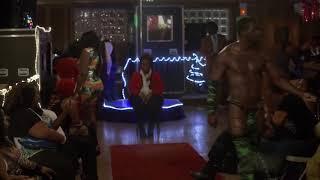 Bad Grandpa movie - club scene