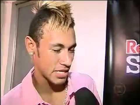 Neymar é humilhado no free style show de bola