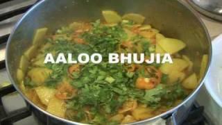 """"""" AALOO BHUJIA """" Bajias Cooking"""