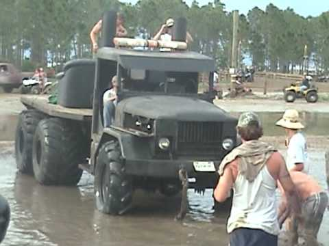 Redneck Yacht Club Memorial Weekend 2009 Mud Hole
