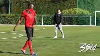 عندما يلعب اسرع رجل في العالم كرة القدم