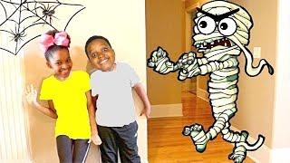 HALLOWEEN MUMMY vs Shasha and Shiloh - Onyx Kids