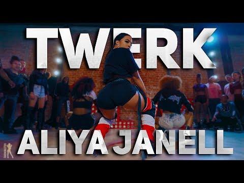 Xxx Mp4 Twerk City Girls Featuring Cardi B Aliya Janell Choreography Queens N Lettos 3gp Sex