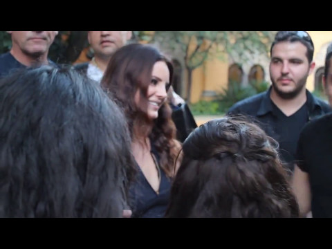 Lana Del Rey cutest moments with Fans Paparazzi