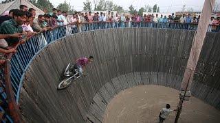 Motorcycle Stunts Circus Wall Of Death By a Bangladeshi Biker
