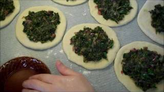 Spinach Fatayer - فطير  السبانخ