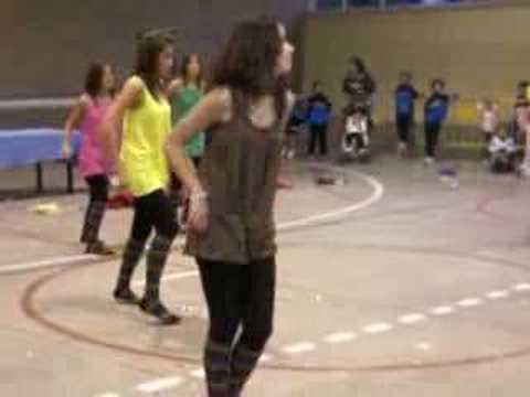 Veteranas bailando chica yeye