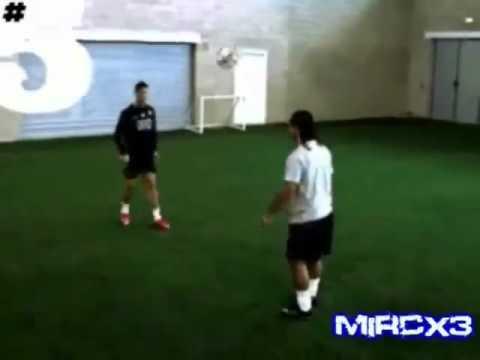 Xxx Mp4 Cristiano Ronaldo Vs Ronaldinho Freestyle 3gp Sex