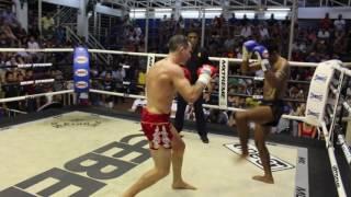 Matt (Sinbi Muay Thai- Red corner) fights at Bangla Stadium- 26.4.2017