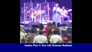 LaShun Pace Singing At New Life Covenant SE on March 12, 2017