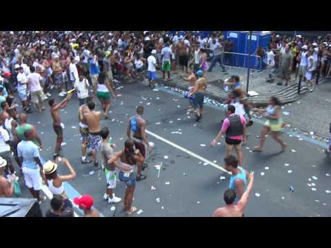 Porradaria no Bloco da Preta Gil Rio de Janeiro Carnaval 2012
