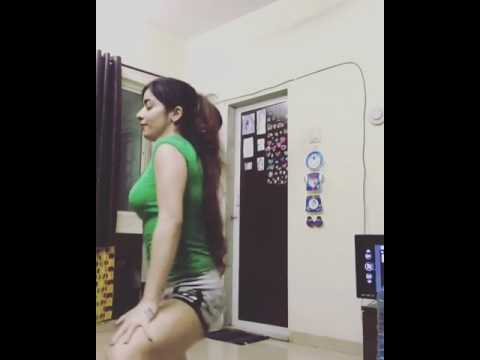 Xxx Mp4 Hot Dance At Home 3gp Sex