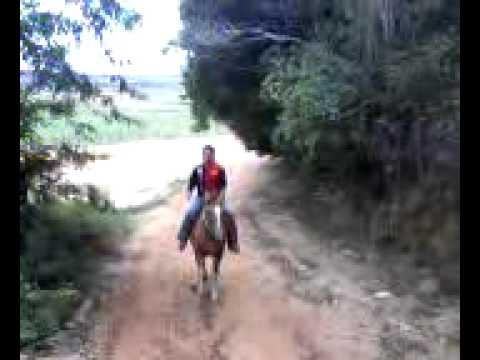 Khadja Cavalgando