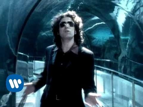 watch Andres Calamaro - Loco (video clip)