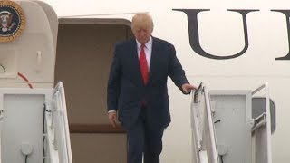 Donald Trump does a 'nervous tap' as he exits Air Force One
